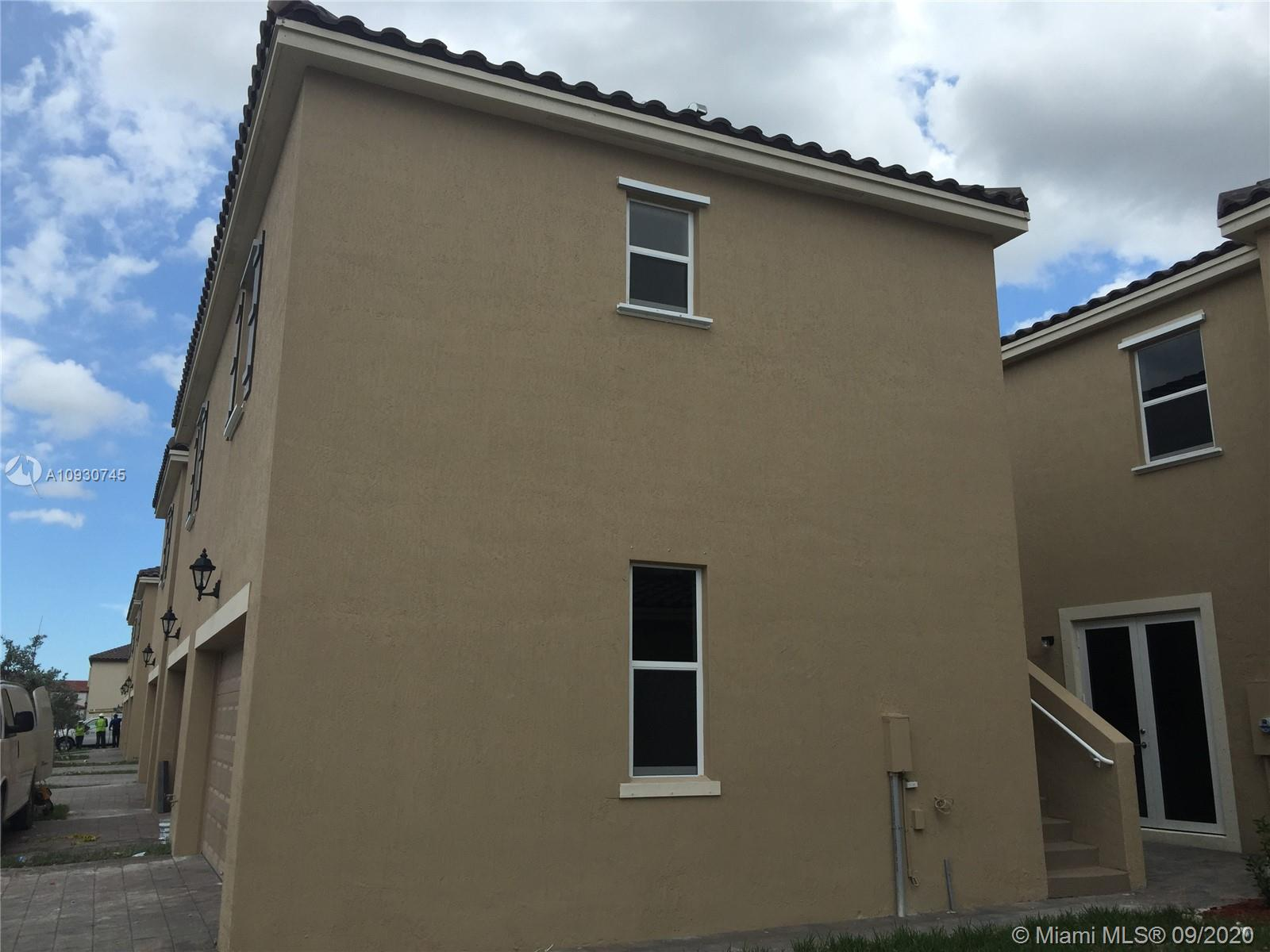 17091 SW 96th St #Studio For Sale A10930745, FL