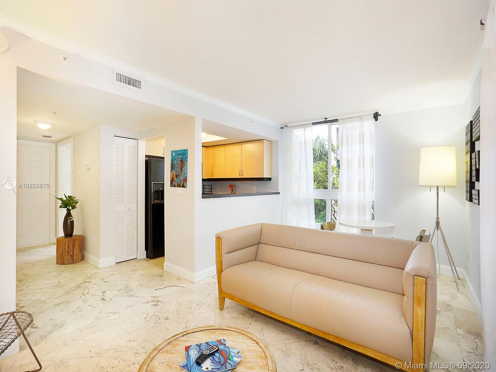 Live in the heart of Coconut Grove in this updated 1/1 unit in the famed Mutiny Condo Hotel. The unit features marble flooring through-out, large tub and shower, dual closets, washer/dryer and full appliance package kitchen with granite counters. Enjoy the amenities of covered garage parking, valet service, restaurant with in-room delivery, pool, jacuzzi, gym, sauna, steam room and 24 hour security.