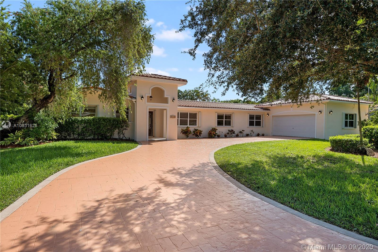 7230 SW 126th St  For Sale A10931626, FL