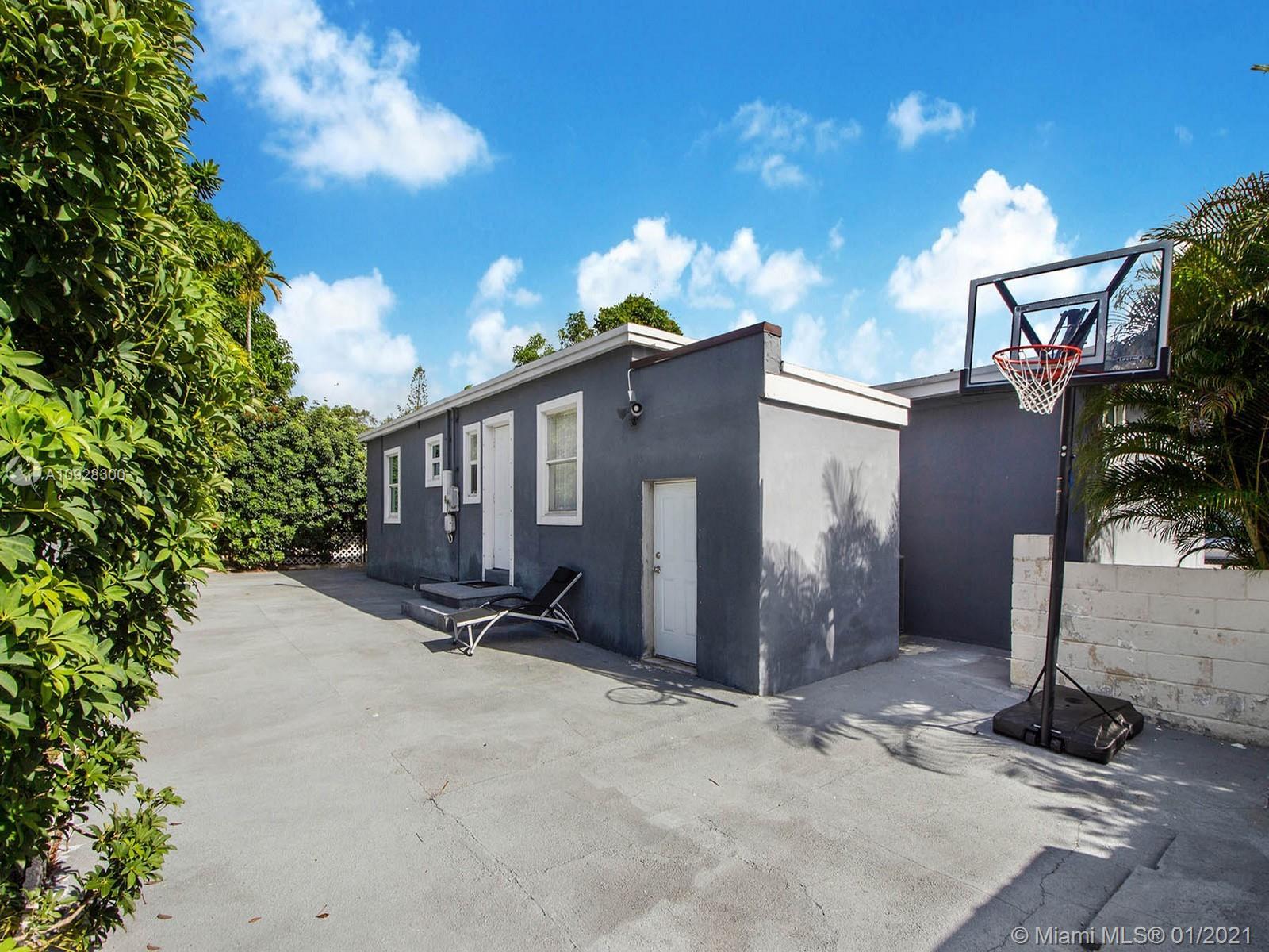 4075 SW 7 Street  For Sale A10928300, FL