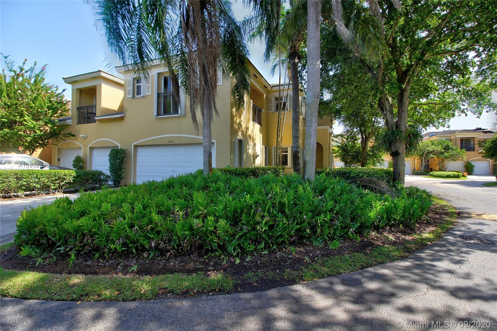 8548 SW 139th Ter  For Sale A10932358, FL