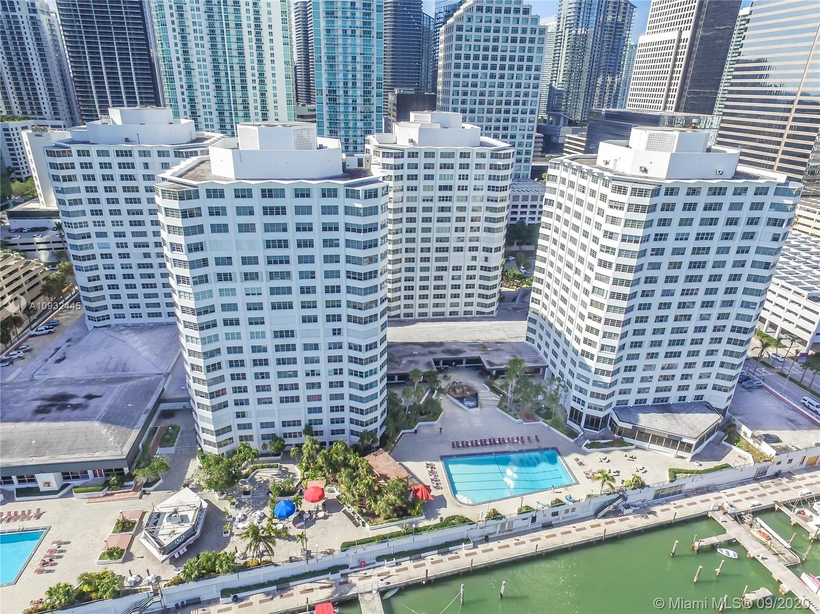 825  Brickell Bay Dr #1547 For Sale A10932445, FL