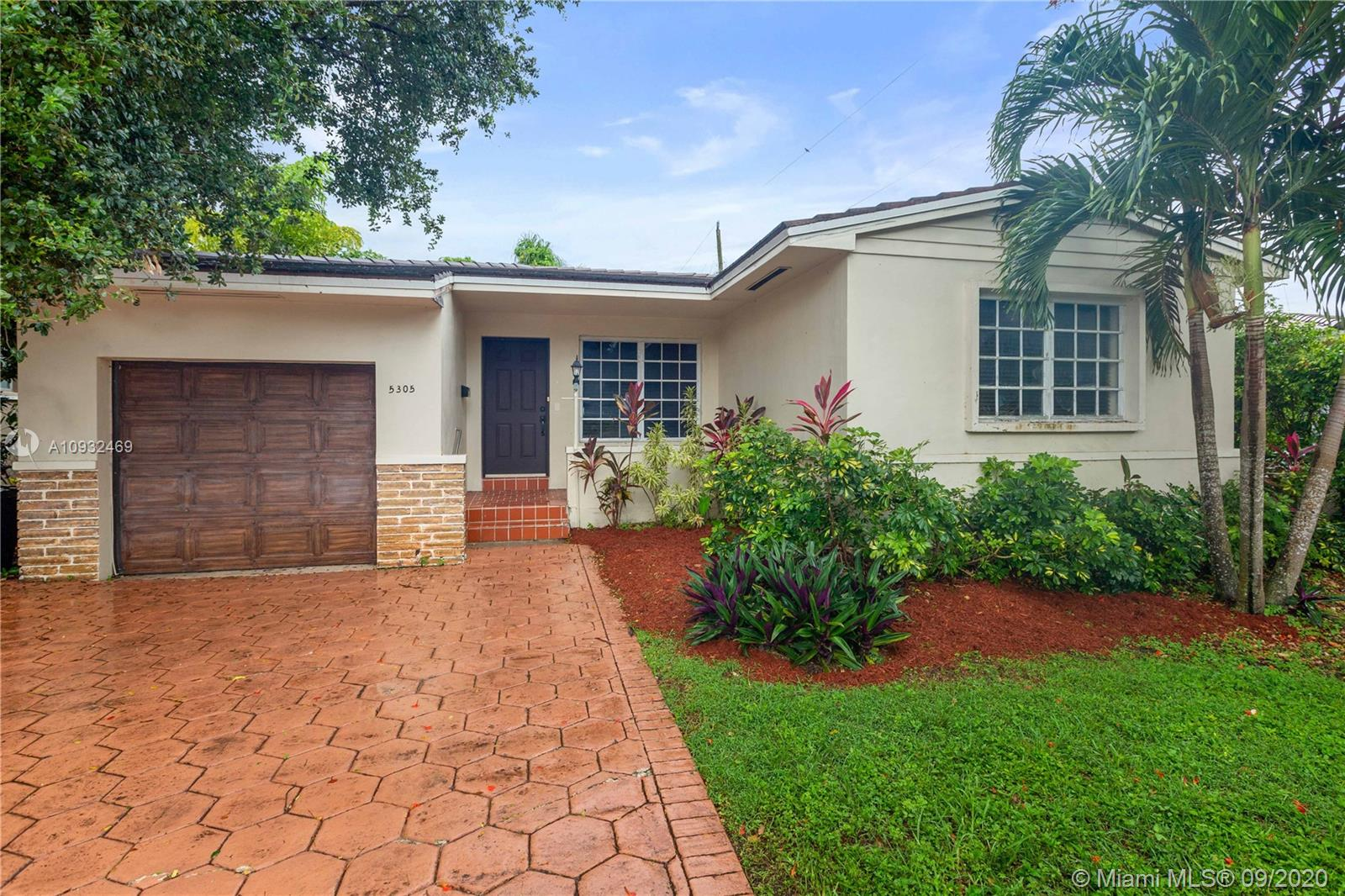 5305  Red Rd  For Sale A10932469, FL
