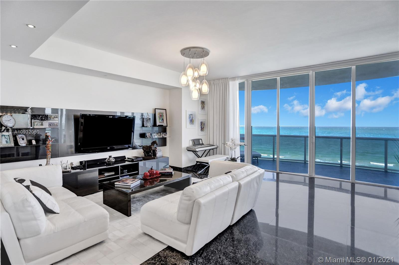 15811  Collins Ave #701 For Sale A10932050, FL