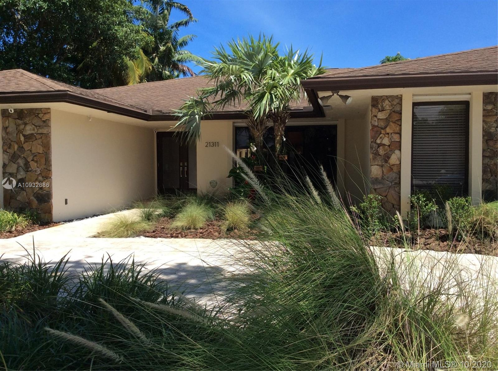 21311 NE 23rd Ave  For Sale A10932686, FL