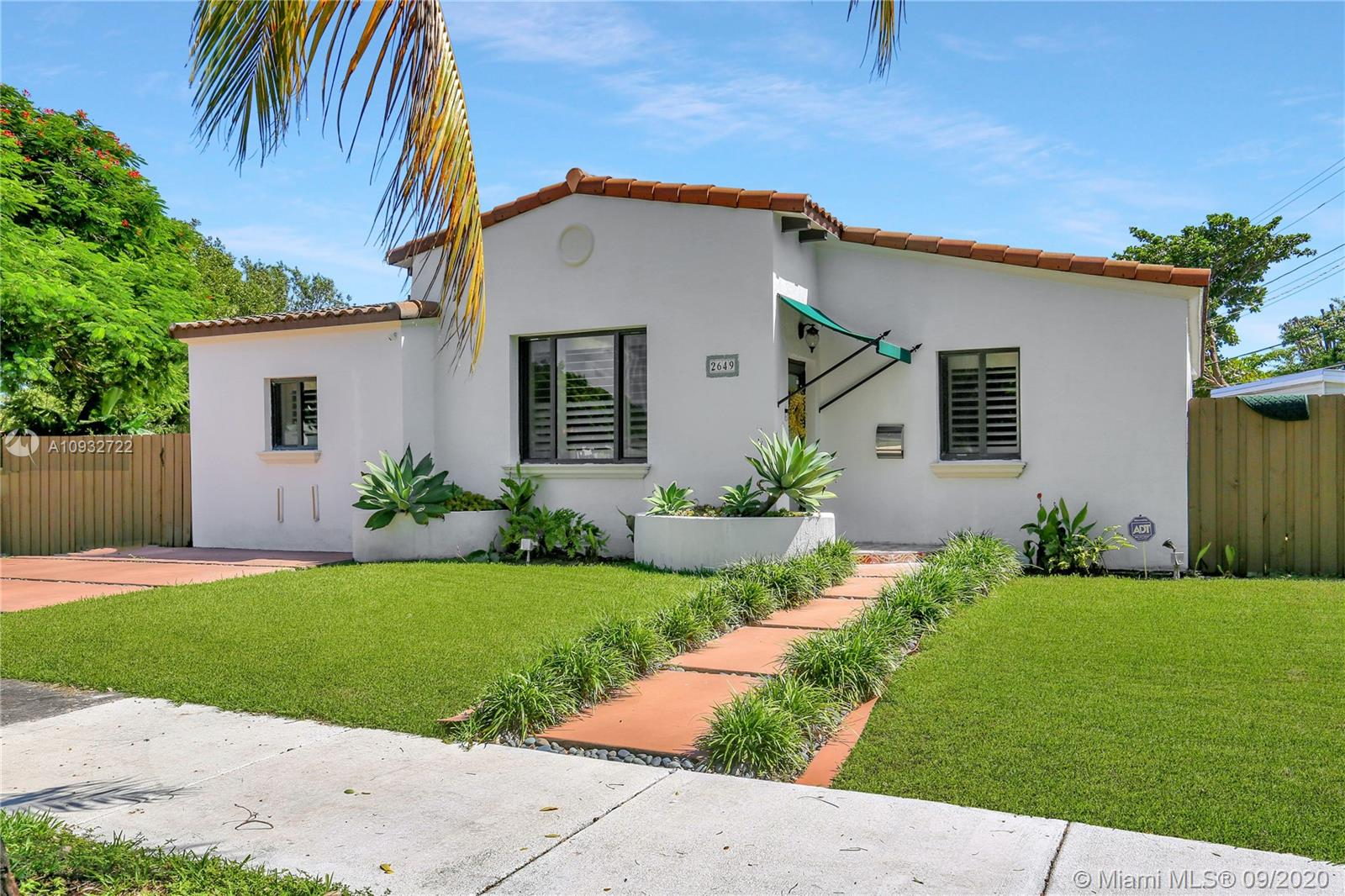 2649 SW 23rd Ave  For Sale A10932722, FL