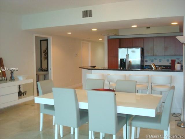15051  Royal Oaks Ln #705 For Sale A10932785, FL