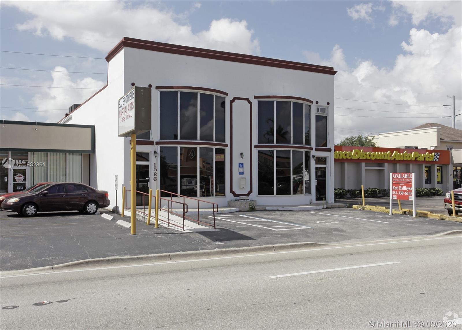 1586 E Commercial Blvd  For Sale A10932861, FL