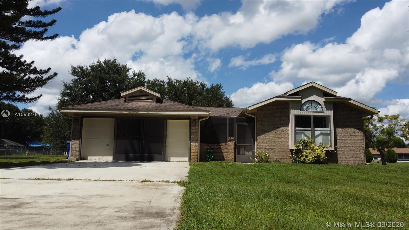 5909  Thunder Rd  For Sale A10932764, FL