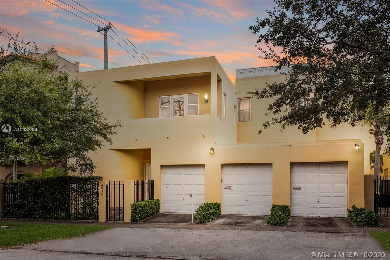 605  Santander Ave #D For Sale A10932939, FL