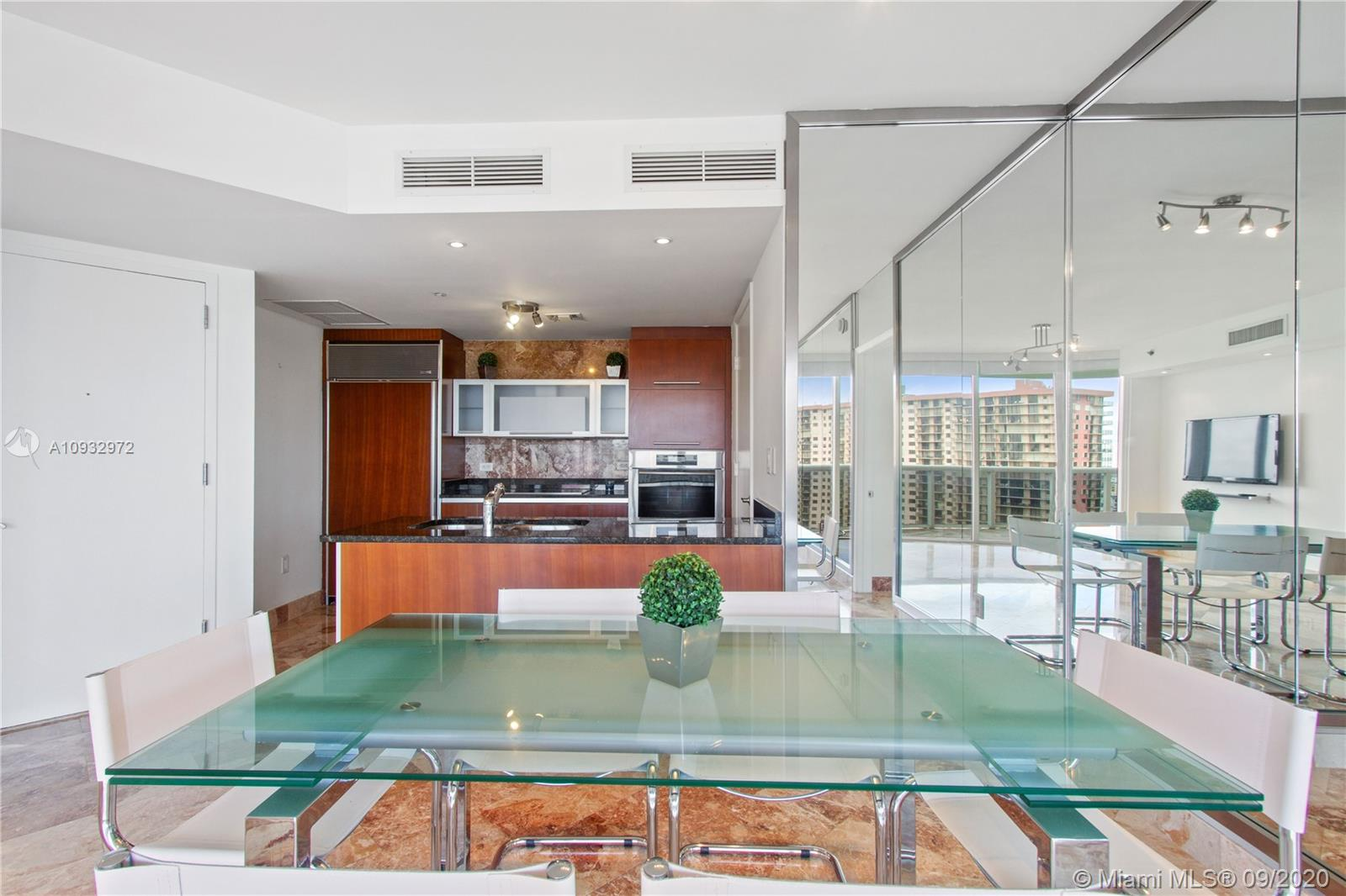 17201  Collins Ave #1606 For Sale A10932972, FL