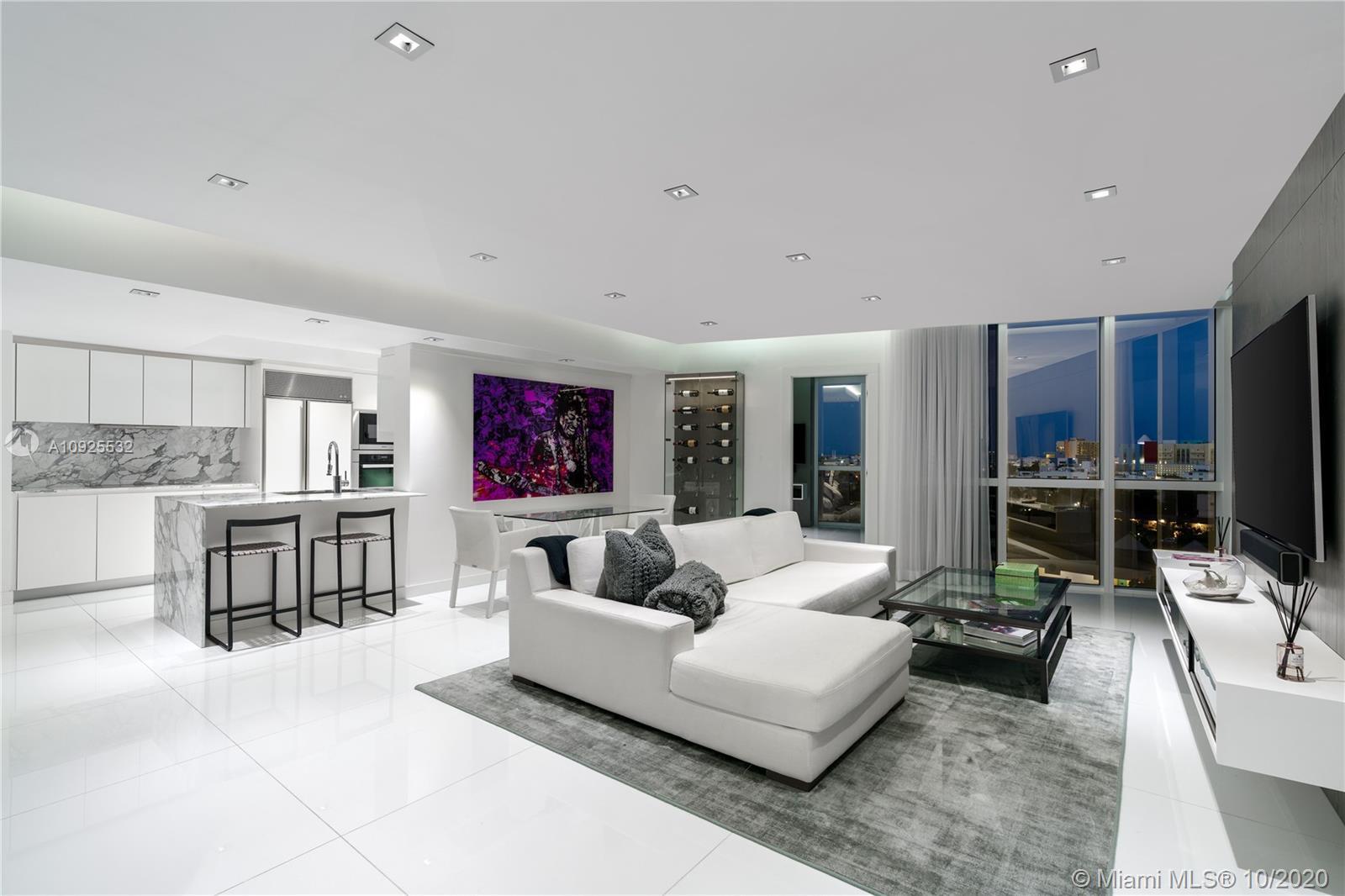 Real Estate Photo A10925532