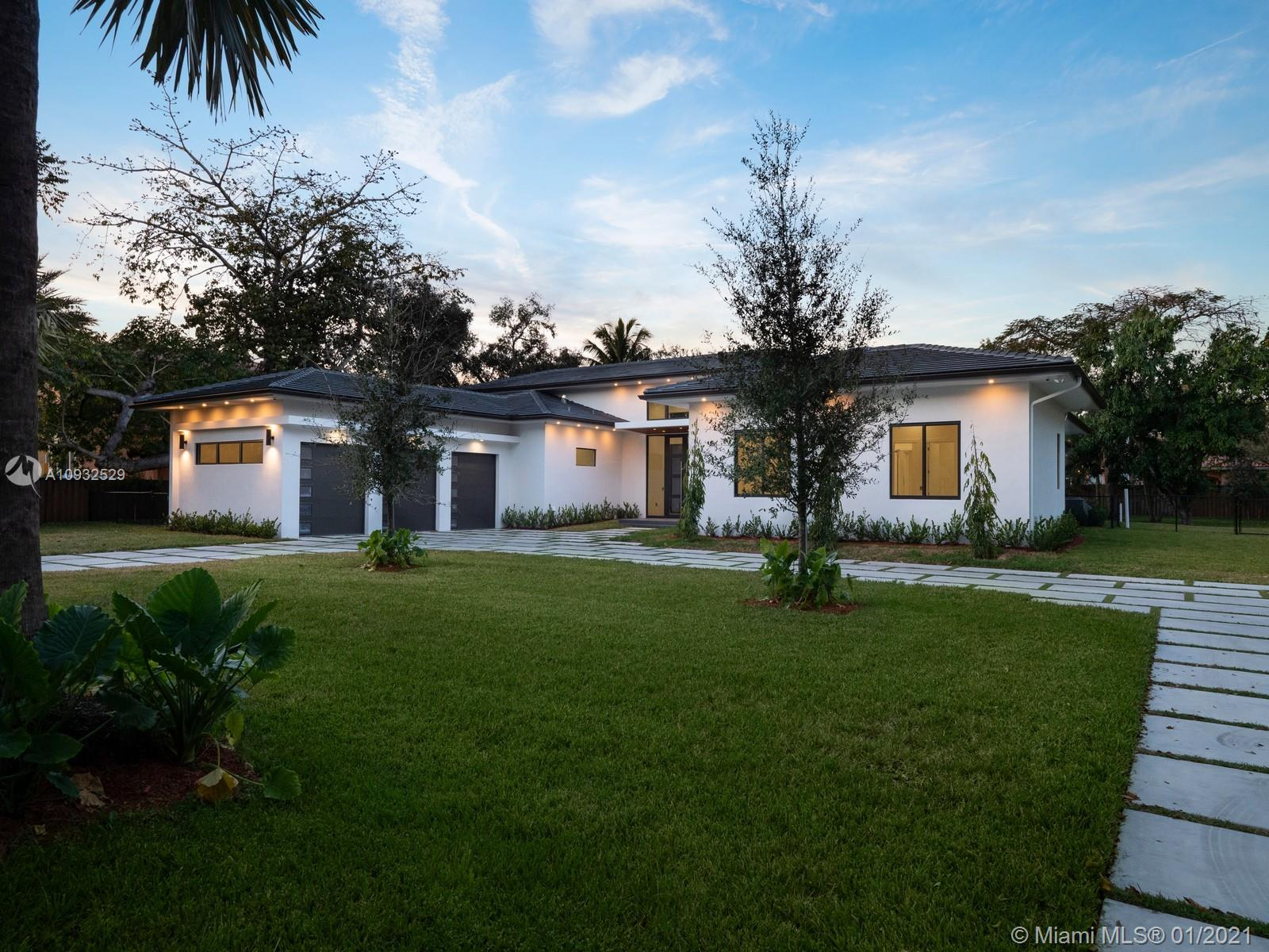 7825 SW 120th St  For Sale A10932529, FL