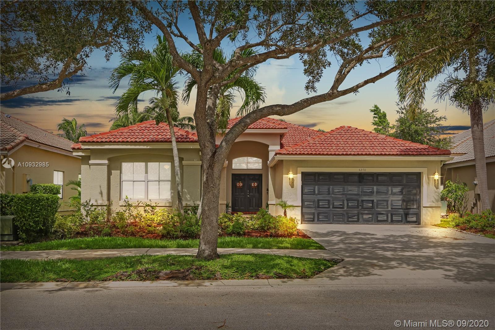 4270  Laurel Ridge Cir  For Sale A10932985, FL