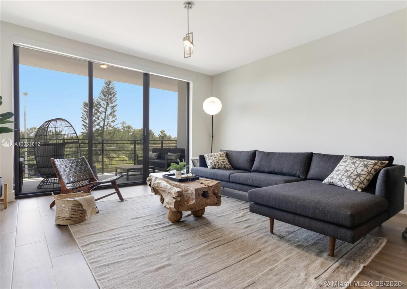 3265  Bird Ave #204 For Sale A10931812, FL