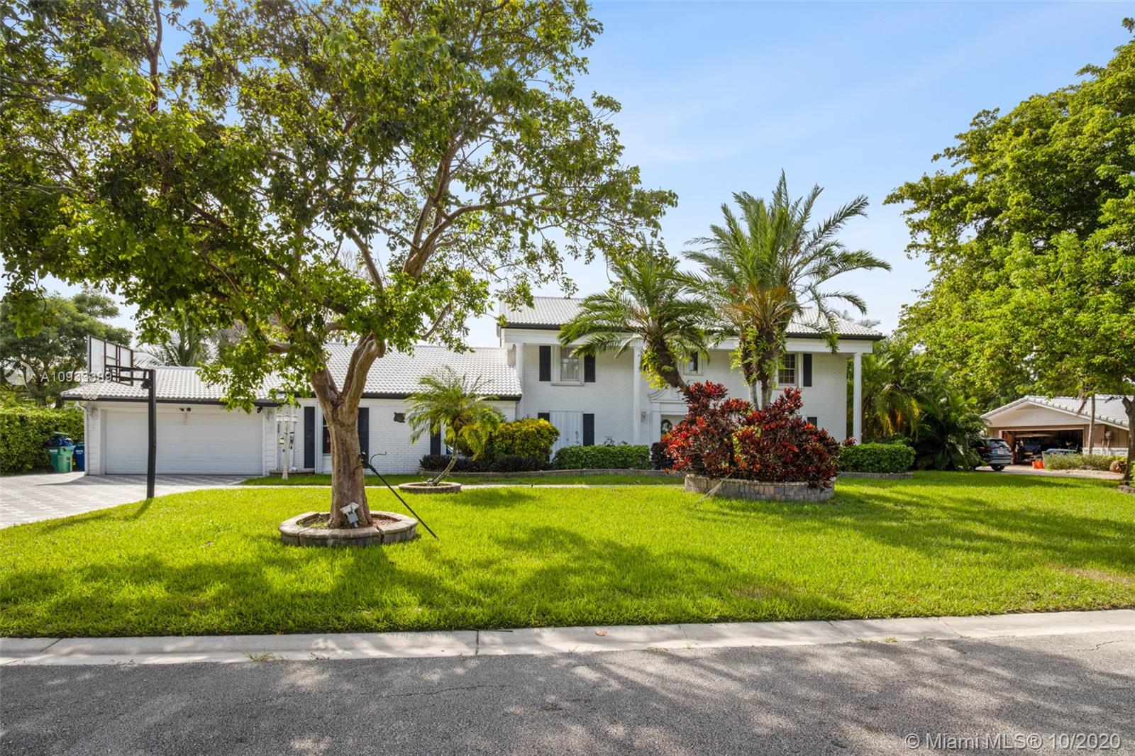 3100 NW 107th Ave  For Sale A10933389, FL