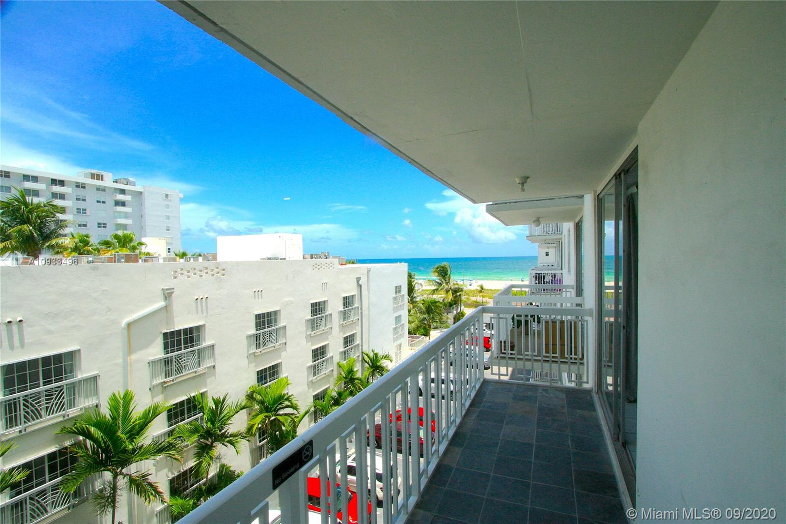 401  Ocean Dr #525 For Sale A10933496, FL