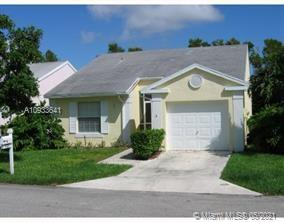 **NEW ROOF LESS THAN A YEAR OLD. FANTASTIC PROPERTY FOR FIRST TIME BUYERS. TAKE ADVANTAGE OF INTEREST RATES AND LOW PAYMENTS. Not A Short Sale!  Featuring tile and pergo wood flooring, plus all appliances. Garage plus large screened patio.