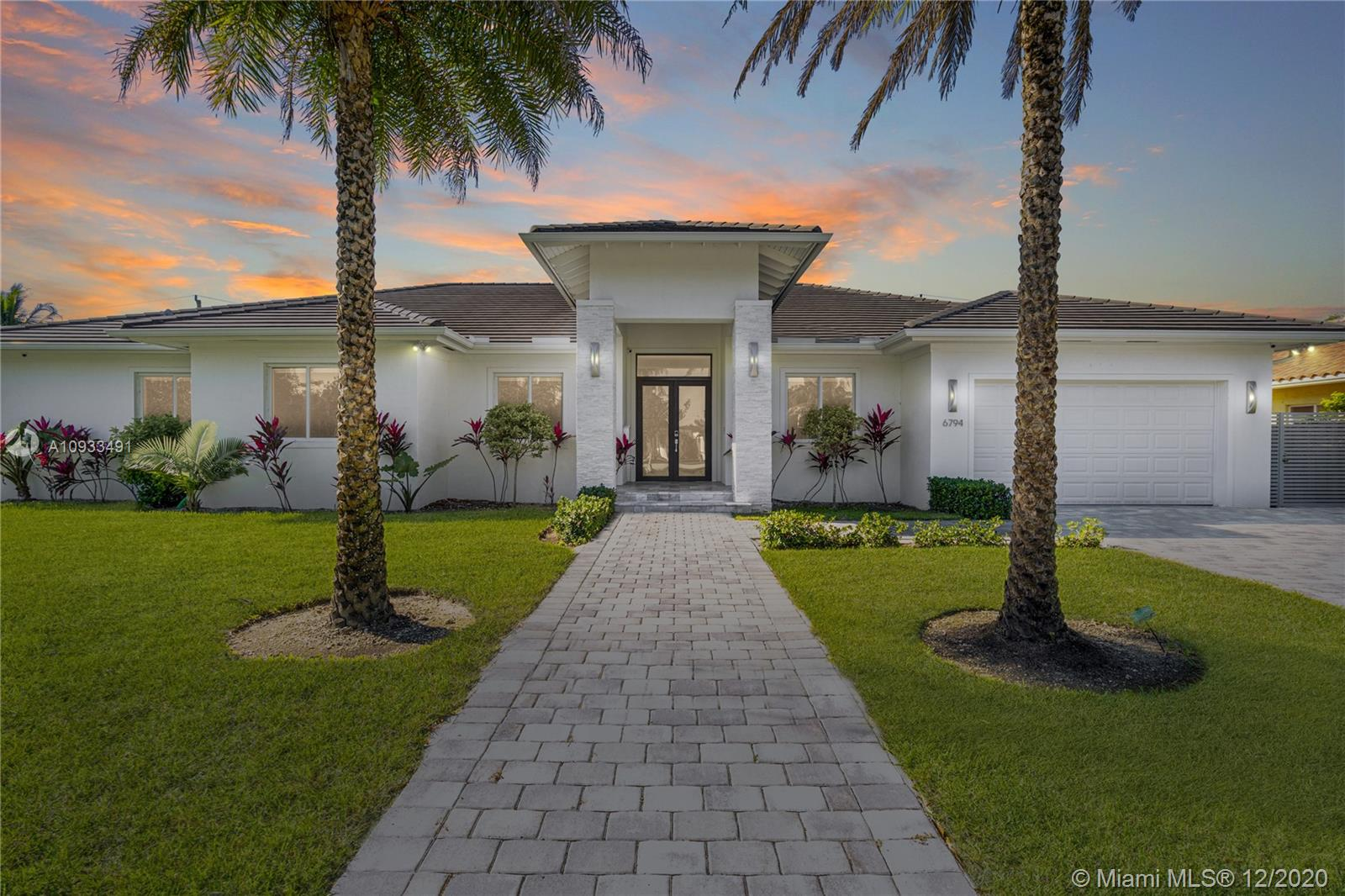 6794 N Waterway Dr  For Sale A10933491, FL