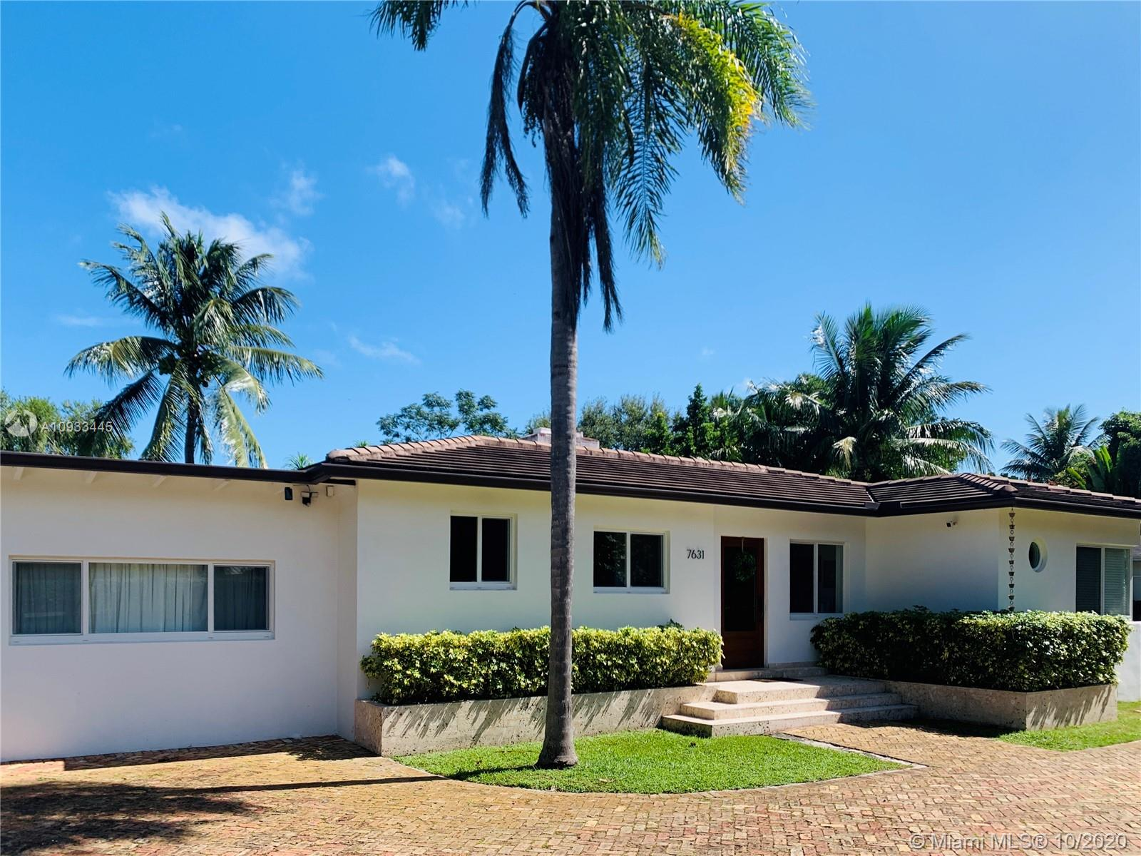 Centrally located, updated and remodeled 3/2/1 split plan, single family pool home with detached 1/1 guest house with separate meter. Large lot with open spaces and outside entertaining area. Great family home within the City f South Miami. Minutes from downtown South Miami and Dadeland area. New roof, kitchen, impact windows and doors.