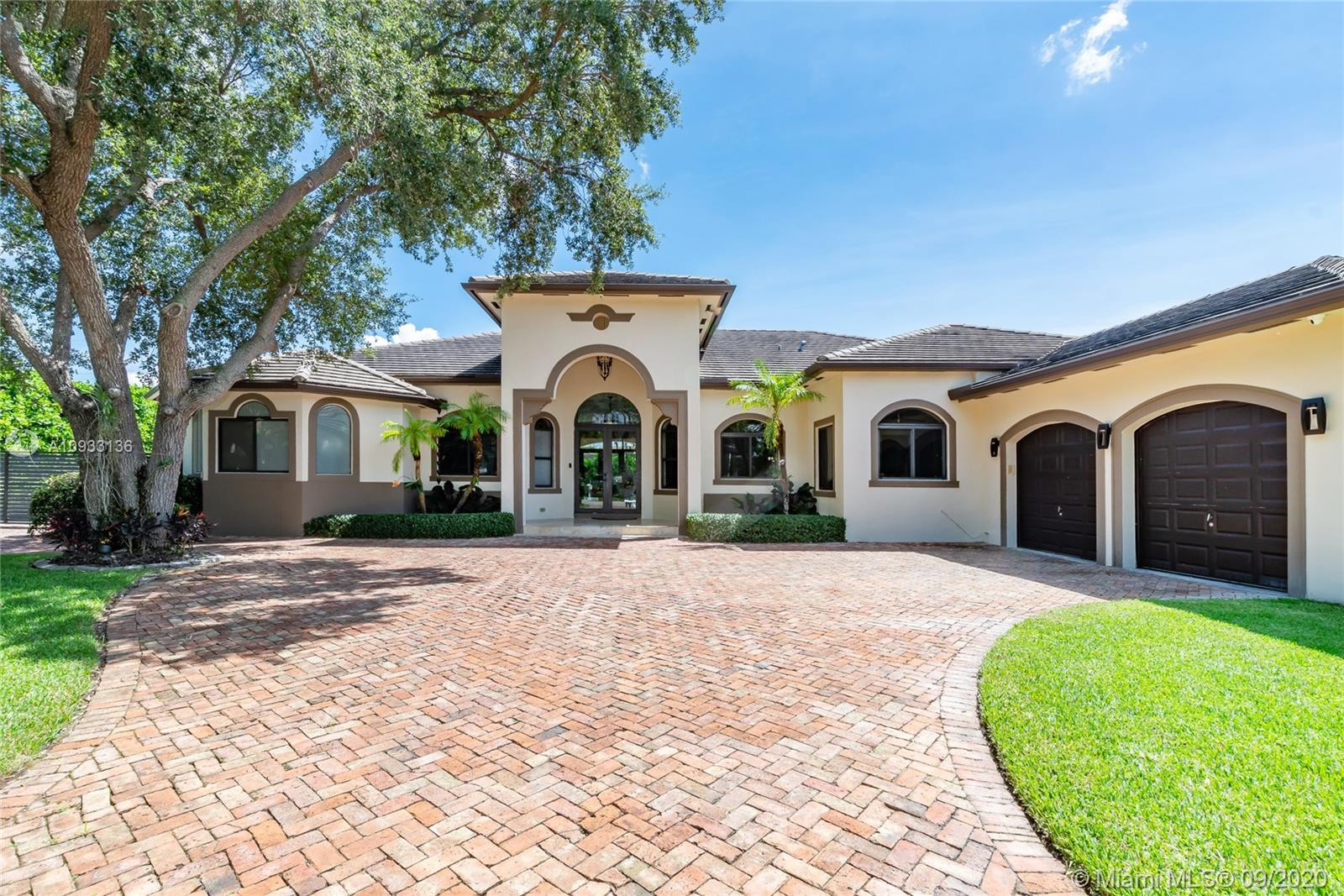 12745 SW 93rd Ave  For Sale A10933136, FL