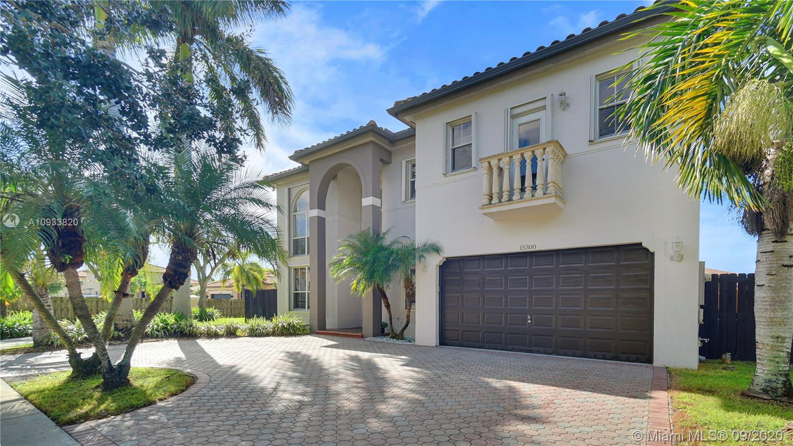 15300 SW 117th St  For Sale A10933820, FL