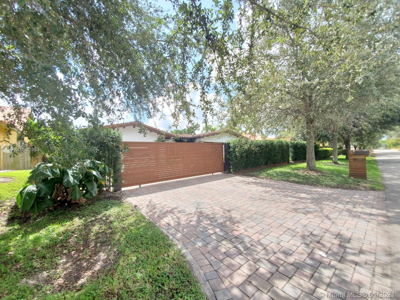 9860 NW 27th St  For Sale A10933953, FL