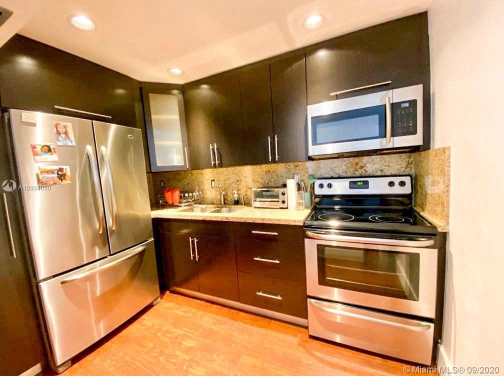 1480  Euclid Ave #102 For Sale A10934080, FL