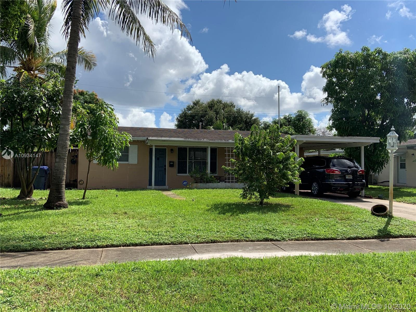 921 N 75th Ave  For Sale A10934147, FL