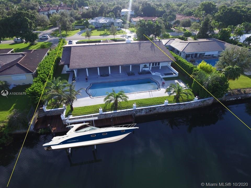 4706  Granada Blvd  For Sale A10935676, FL