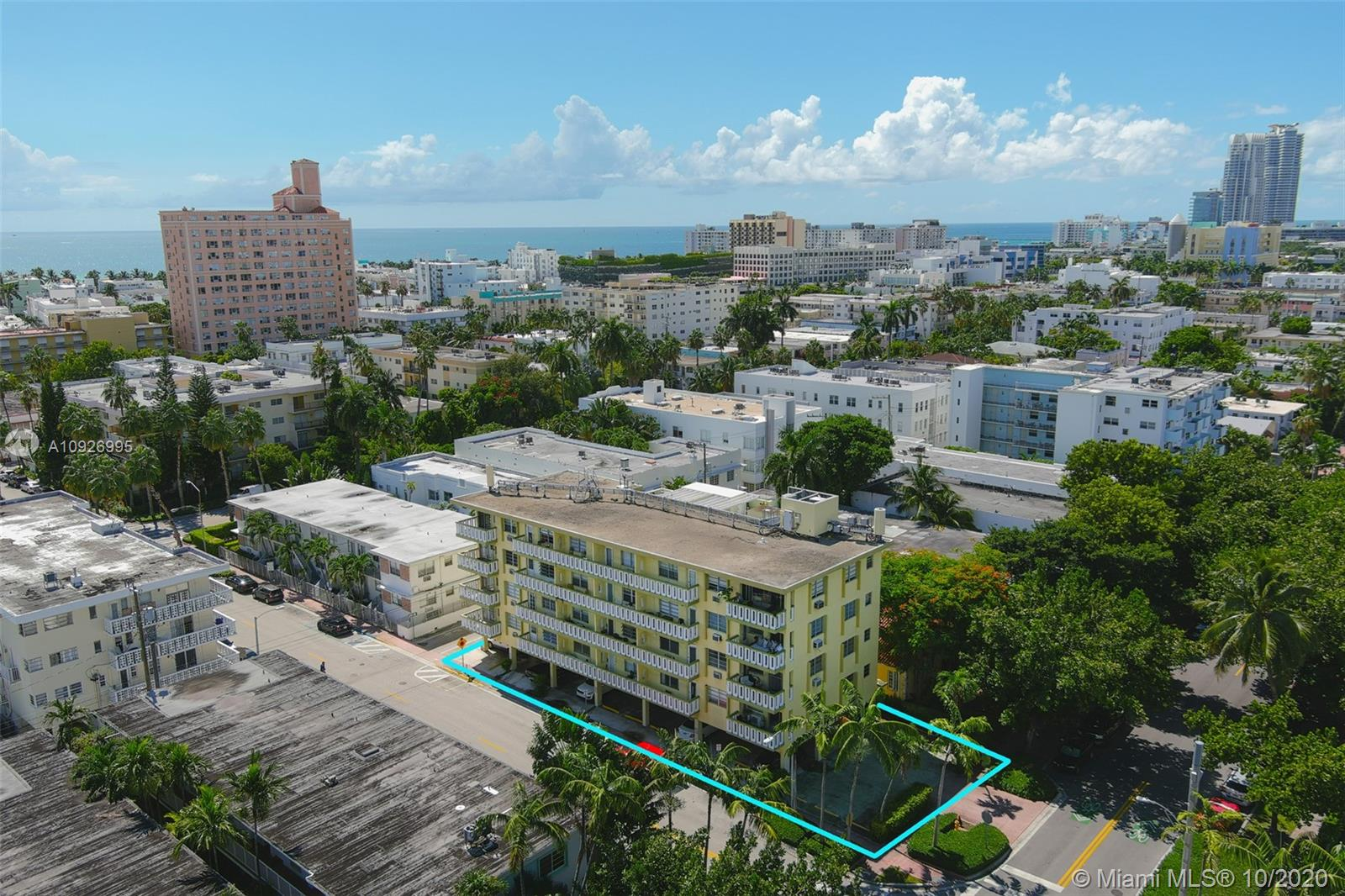 851  Meridian Ave #32 For Sale A10926995, FL