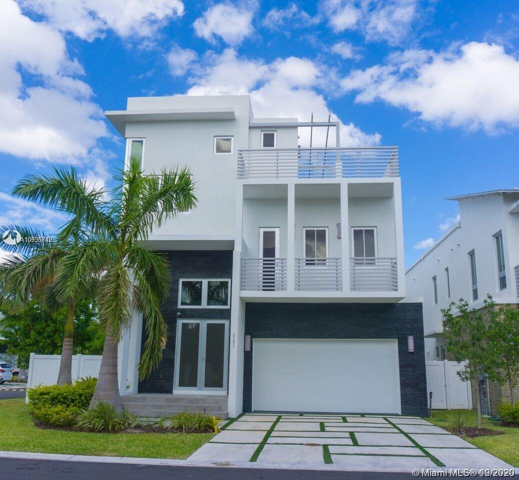 8291 NW 34th St  For Sale A10935749, FL