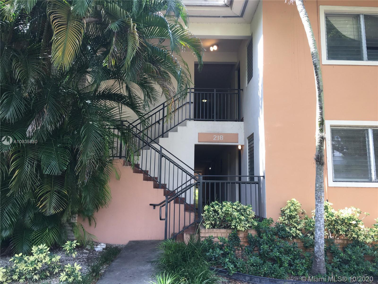 218  Santillane Ave #21 For Sale A10935880, FL