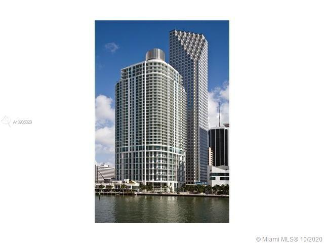 This 1 Bedroom and 1.5 Bathrooms features a spacious private terrace with Biscayne Bay views from every room of the residence. Interior features include floor to ceiling windows, top-of-the-line stainless steel appliances, and in-unit washer dryer. Located in the center of booming Downtown Miami, everything is within walking distance, including, world-class dining downstairs, shopping, nightlife, Whole Foods, the new luxury Silverspot Cinema and more. Building amenities include a cutting edge Fitness area with Cardio facility and Aerobics and Yoga Studio, and Temperature controlled Pool with Whirlpool, and private secure parking garage.
