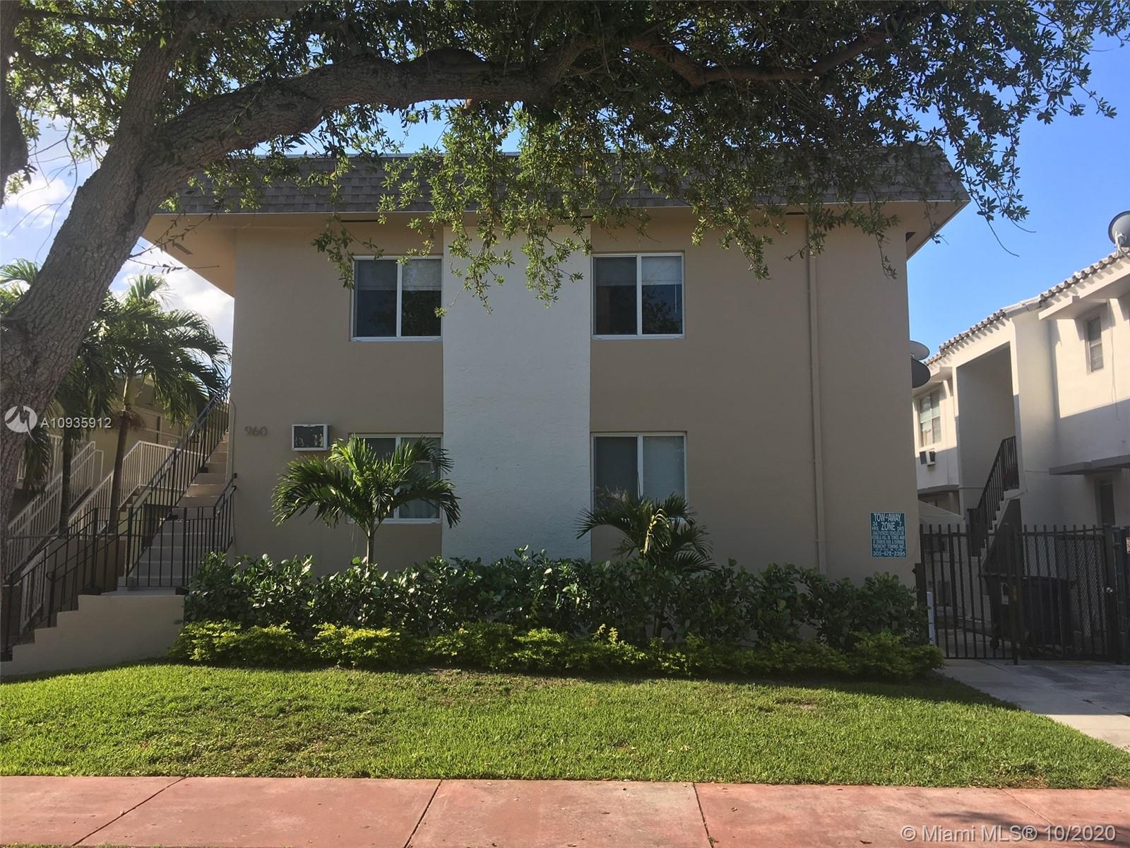 960  Biarritz Dr #5 For Sale A10935912, FL