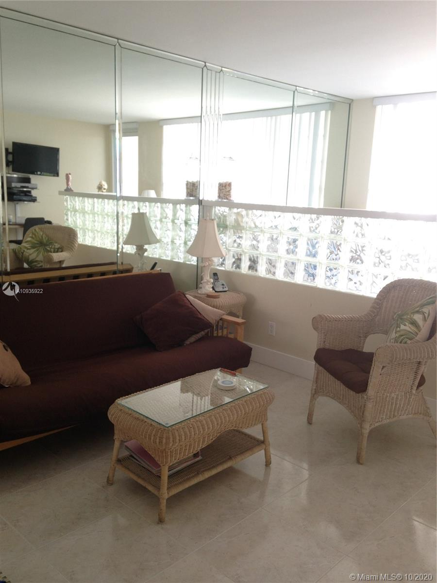 100  Lincoln Rd #1104 For Sale A10935922, FL