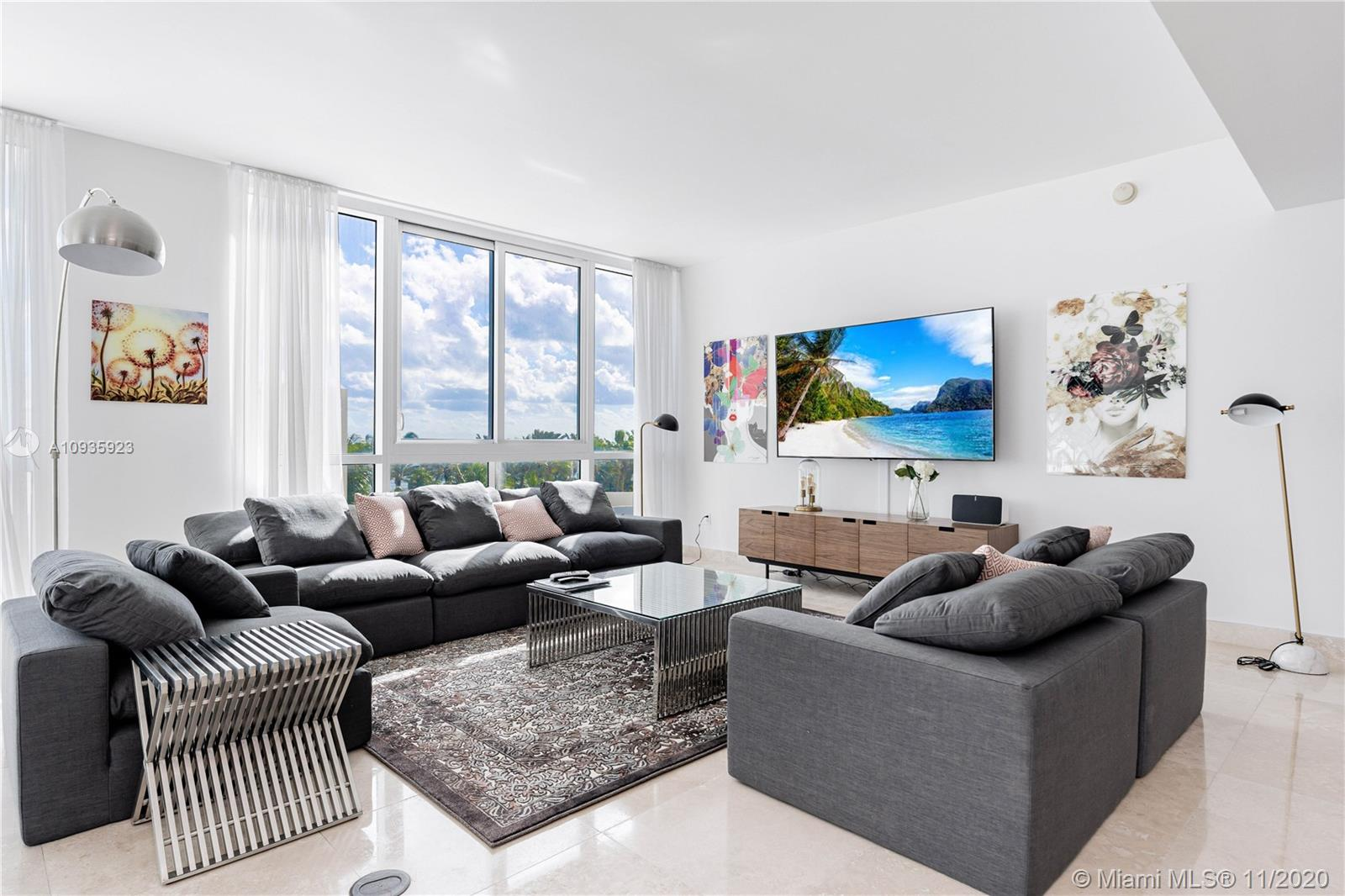 50 S Pointe Dr #701 For Sale A10935923, FL
