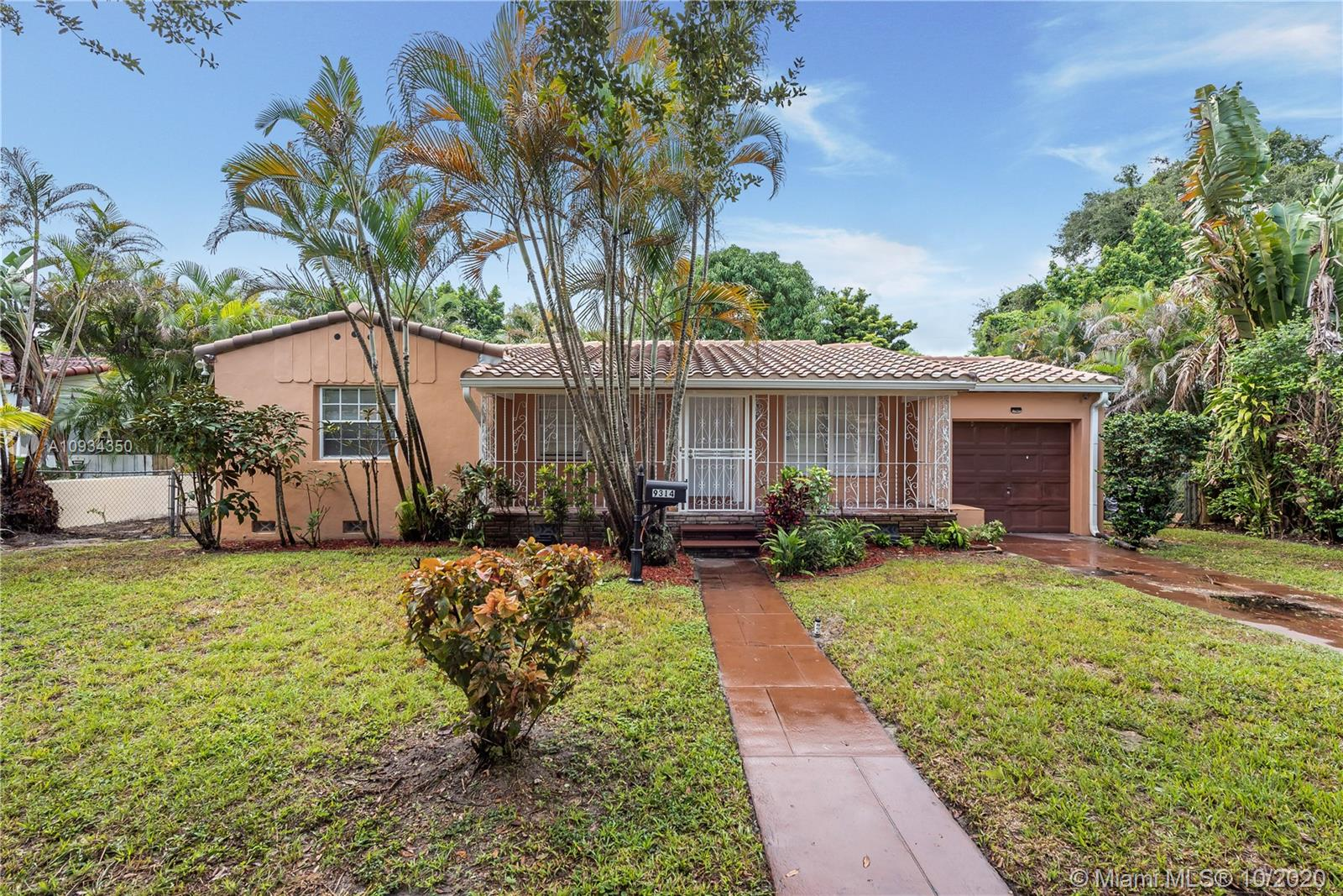 9314 NW 2nd Ct  For Sale A10934350, FL
