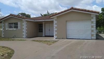 3621 NW 33rd Ave  For Sale A10936160, FL