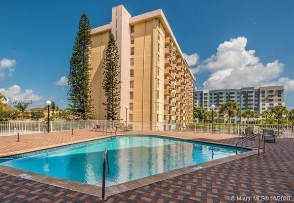 2025 NE 164th St #1002 For Sale A10936268, FL