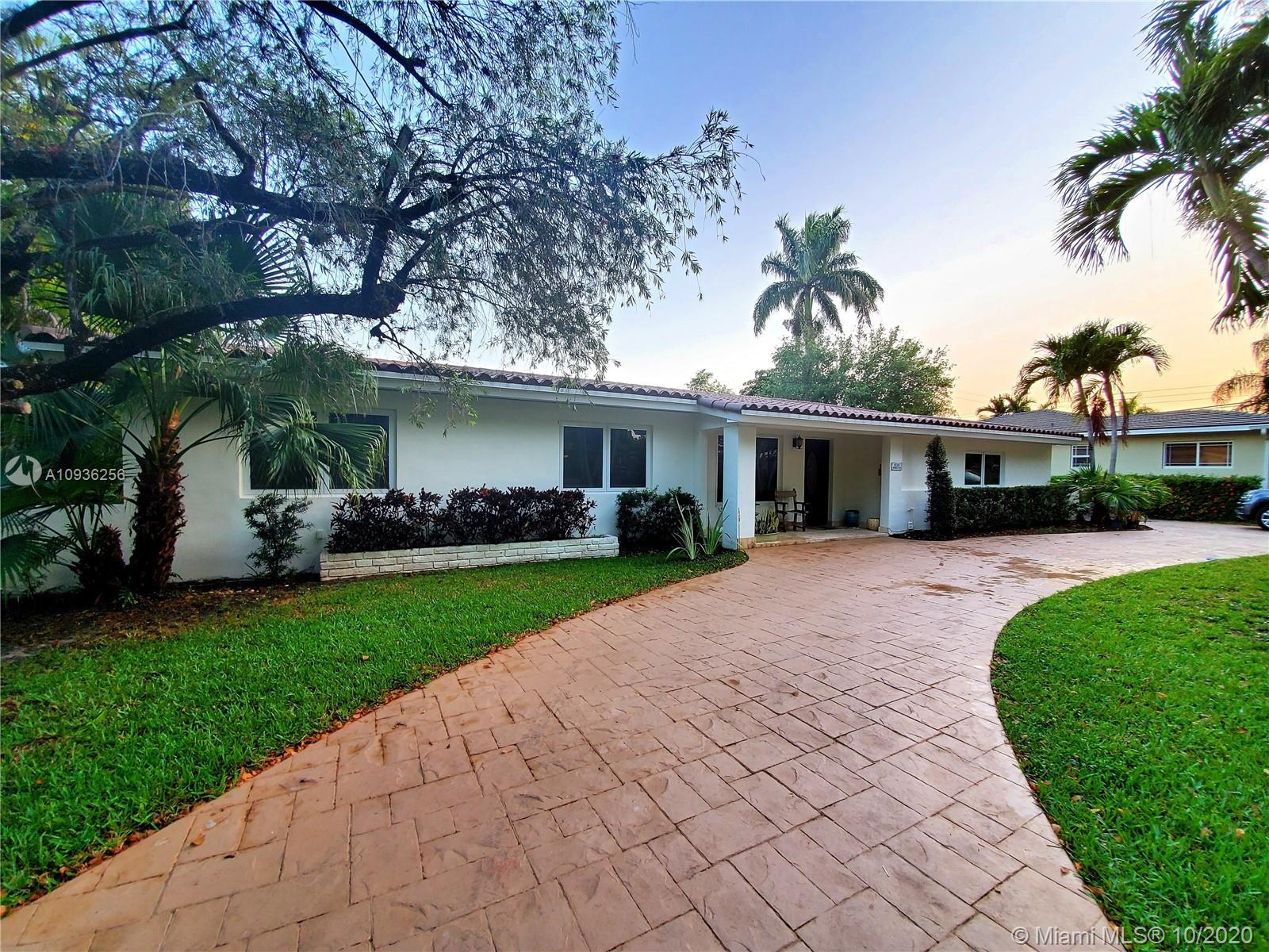 1528  Robbia Ave  For Sale A10936256, FL