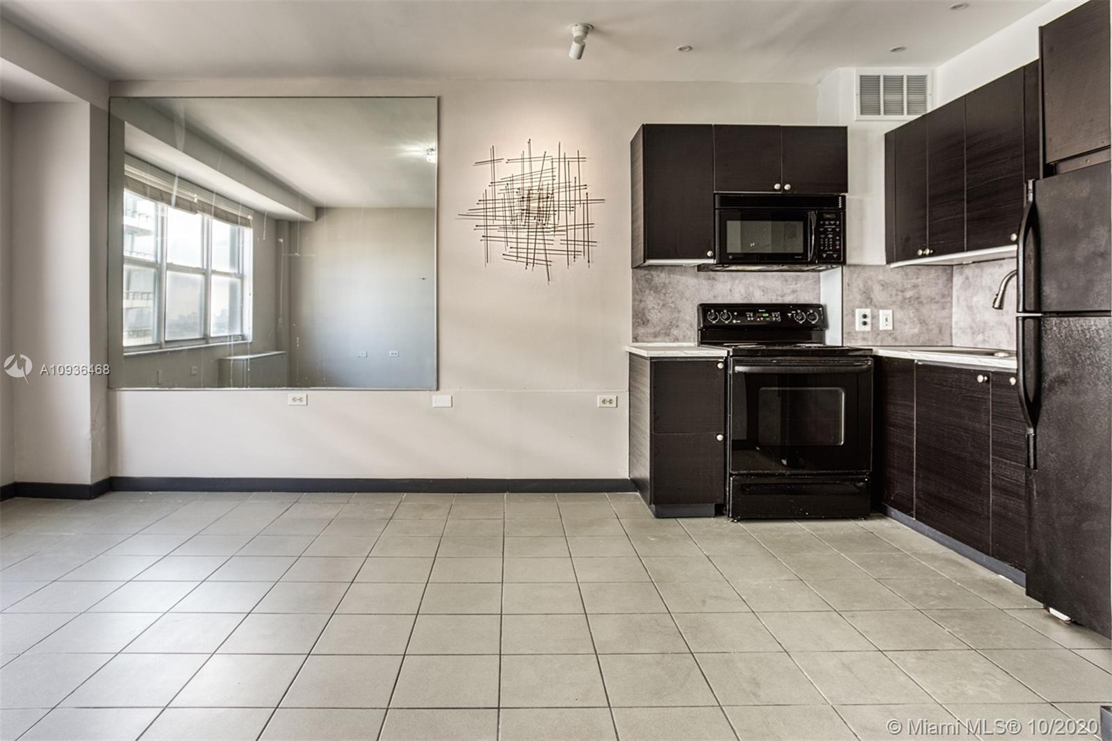 1250  West Ave #100 For Sale A10936468, FL