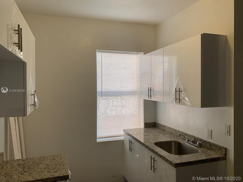 337 SW 10th Ave #2 For Sale A10936550, FL