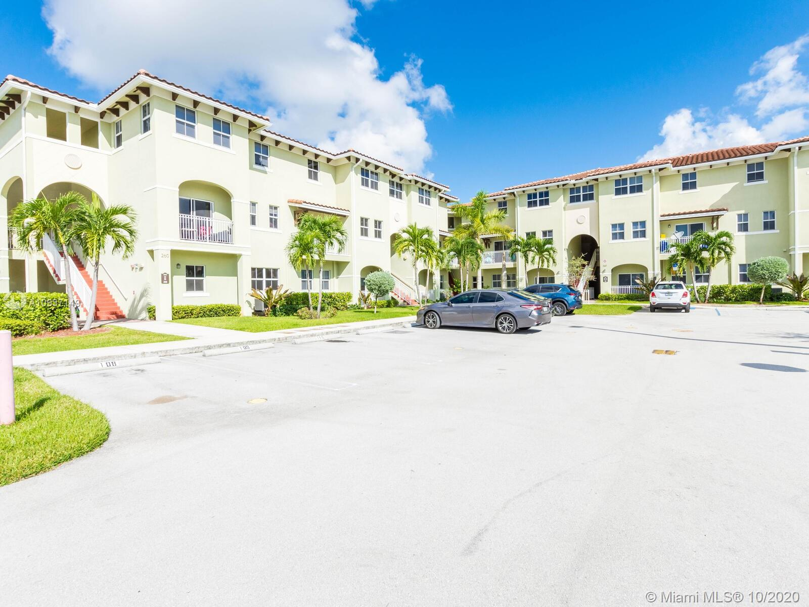 260 NW 109th Ave #105 For Sale A10937149, FL