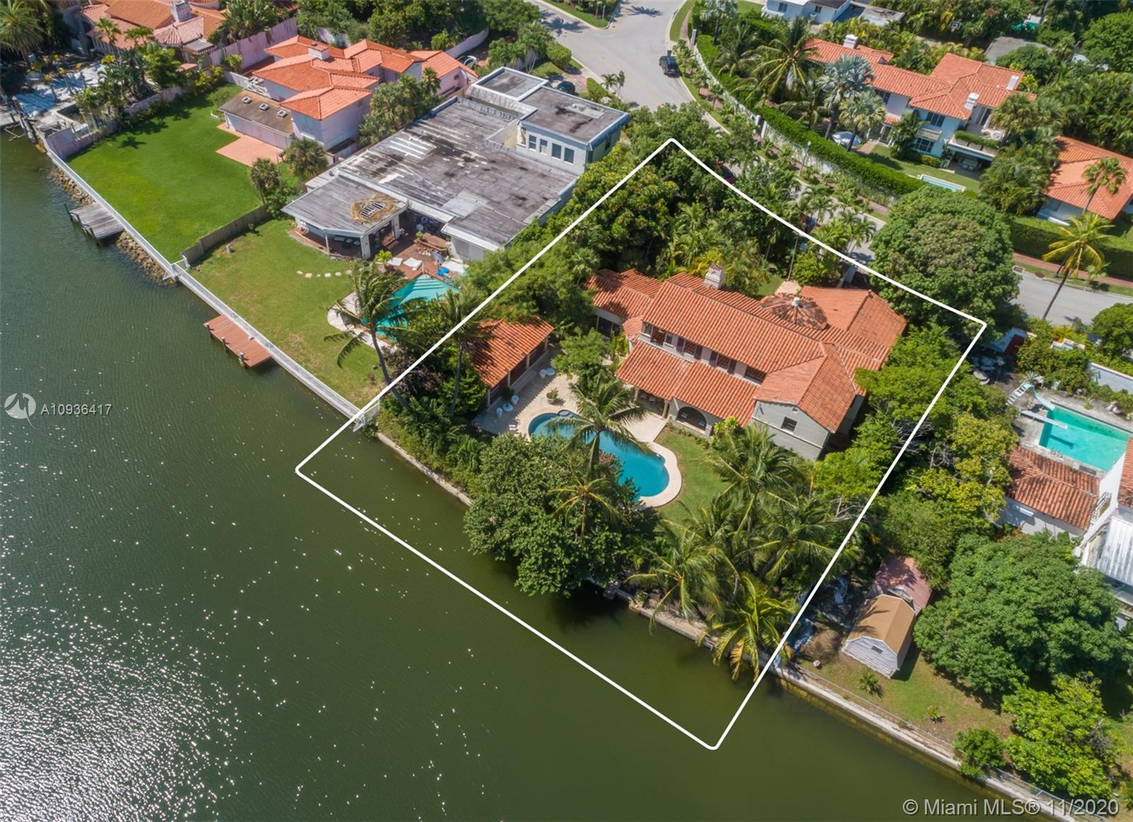 3329  Flamingo Dr  For Sale A10936417, FL