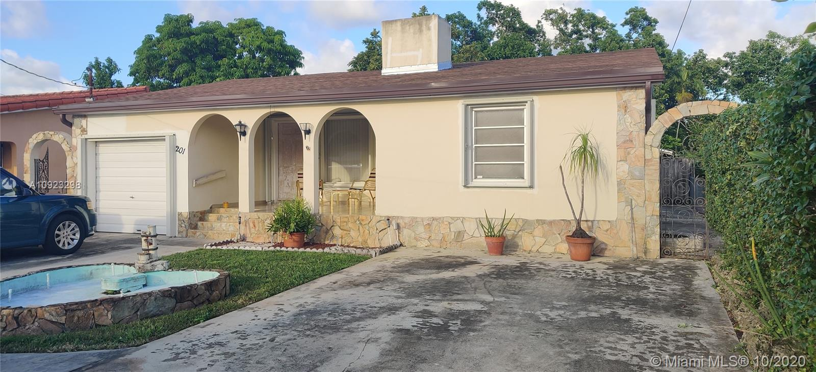 201 SW 48th Ct  For Sale A10923298, FL