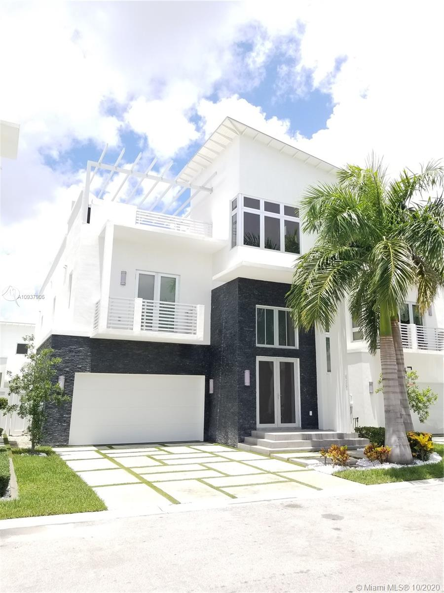 8265 NW 34th St  For Sale A10937905, FL