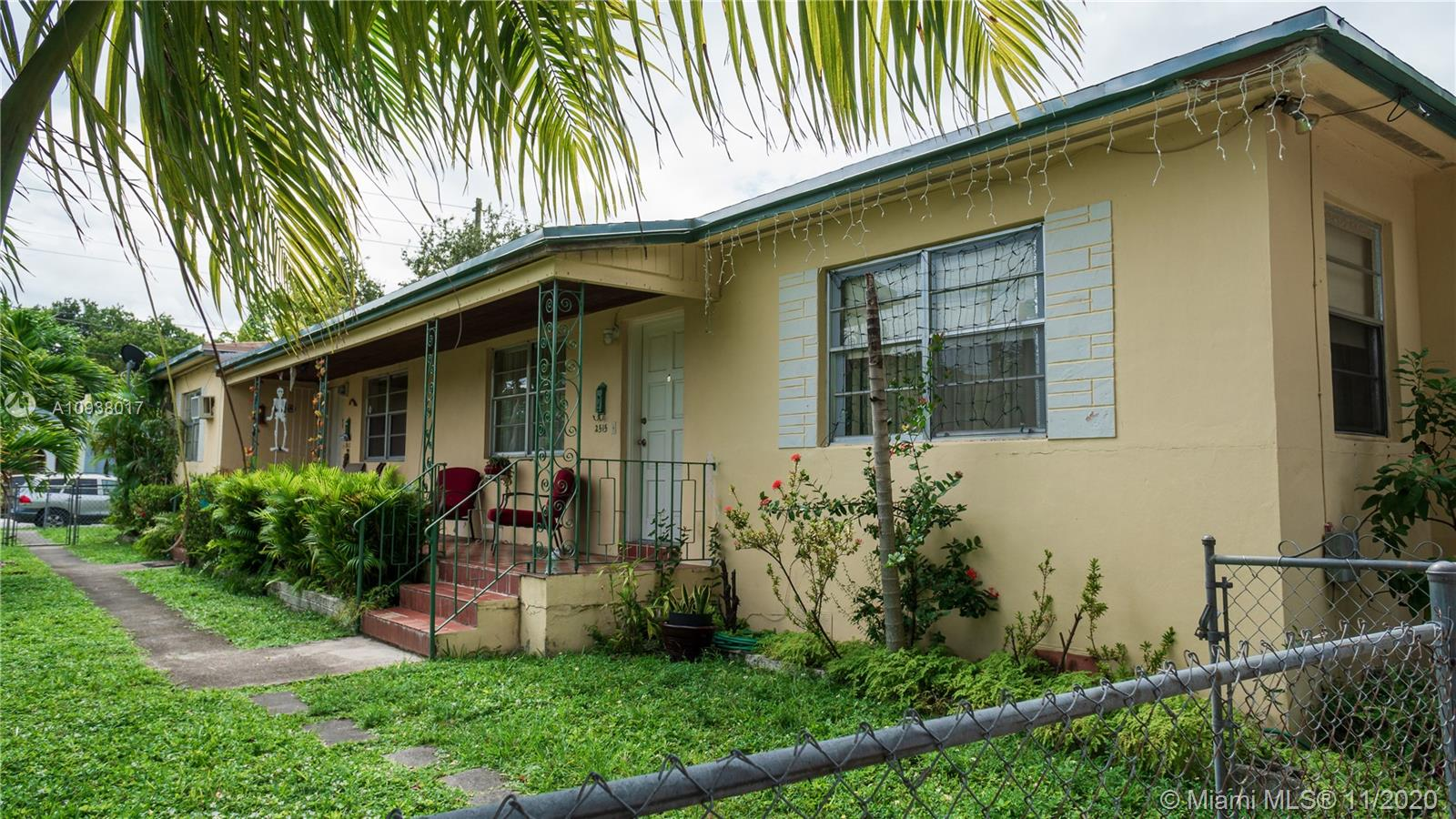 2513 SW 16th St  For Sale A10938017, FL