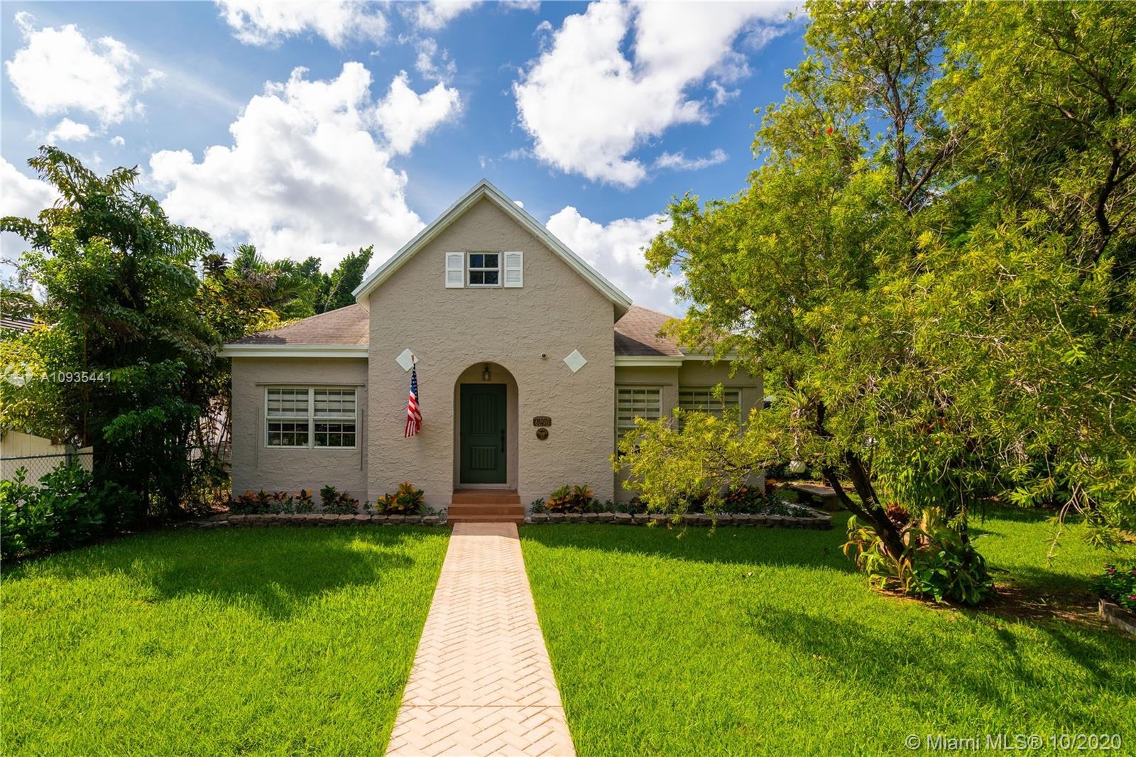 6290  Miller Dr  For Sale A10935441, FL