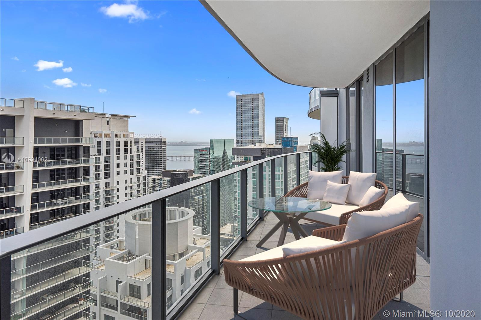 1000  Brickell Plz #4915 For Sale A10934062, FL